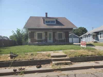 Herington Single Family Home For Sale: 611 N B Street