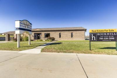 Wamego Commercial For Sale: 1800 Farrell Drive