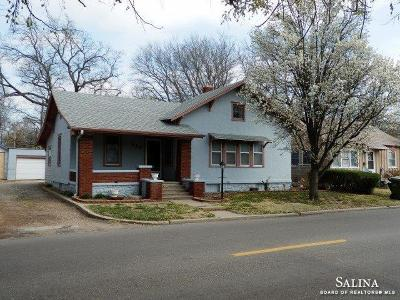 Salina Single Family Home For Sale: 114 West Republic Avenue