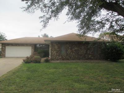 Salina KS Single Family Home For Sale: $145,000