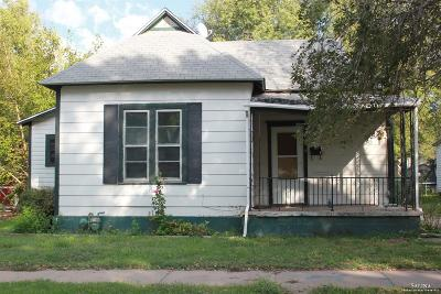 Salina KS Single Family Home Under Contract: $20,000