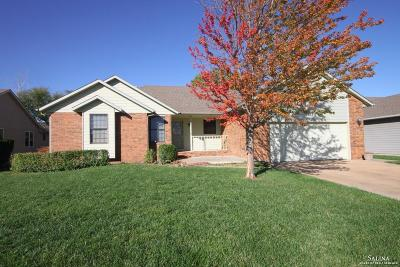 Salina KS Single Family Home For Sale: $220,000