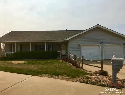 Salina Single Family Home For Sale: 1271 Eastgate Court