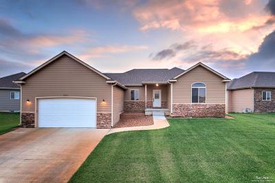 Salina Single Family Home For Sale: 2314 Saddlebrook Drive