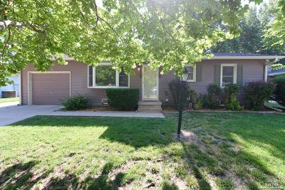 Salina KS Single Family Home For Sale: $150,000
