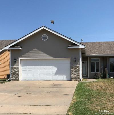 Salina KS Single Family Home For Sale: $169,900