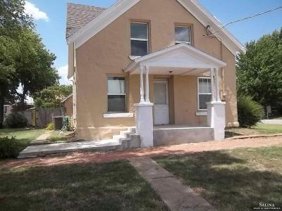 Minneapolis KS Single Family Home For Sale: $30,500