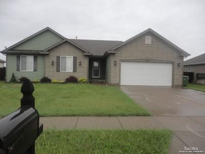 Salina Single Family Home For Sale: 2977 Jack Circle
