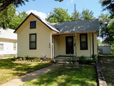 Salina Single Family Home For Sale: 649 South 4th Street