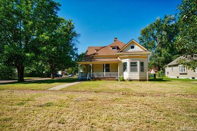 Salina Single Family Home For Sale: 1316 Highland Avenue