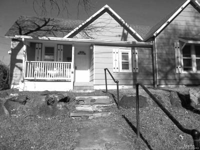Minneapolis KS Single Family Home For Sale: $55,000