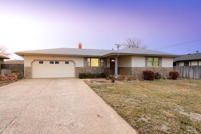 Salina Single Family Home For Sale: 411 Laura Street