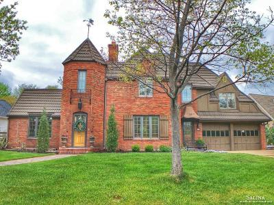 Salina Single Family Home For Sale: 139 Overhill Road