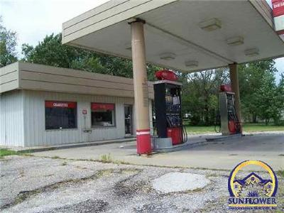Lyndon Commercial For Sale: 1106 Topeka Ave