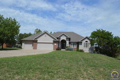 Topeka Single Family Home For Sale: 7900 SW 29th St