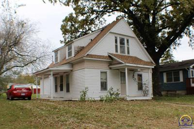 Emporia Single Family Home For Sale: 717 East St