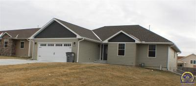 Emporia KS Single Family Home For Sale: $280,000