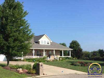 Topeka Single Family Home For Sale: 5027 NW Fielding Ct