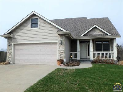 Topeka Single Family Home For Sale: 2643 SE Flora Ct