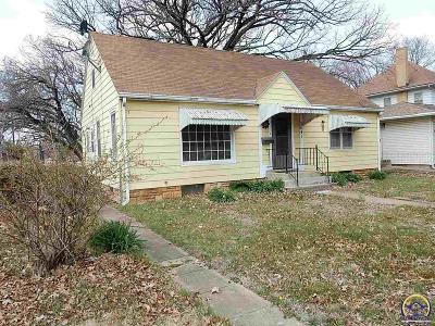 Topeka KS Single Family Home For Sale: $55,950
