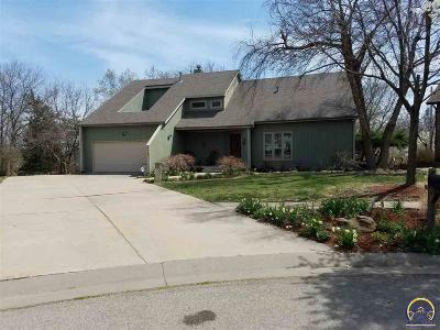 Topeka Single Family Home For Sale: 3819 SW Cambridge Ct