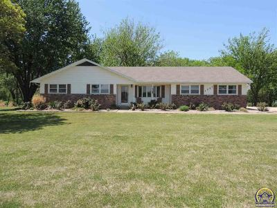 Emporia KS Single Family Home For Sale: $248,000