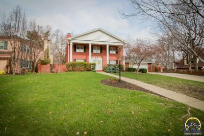 Topeka KS Single Family Home For Sale: $439,900