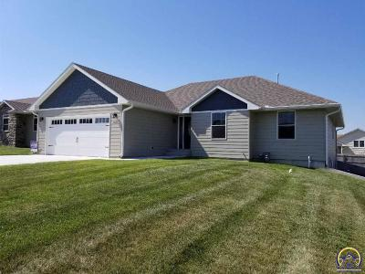 Emporia KS Single Family Home For Sale: $266,500