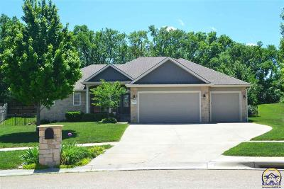 Topeka Single Family Home For Sale: 6323 SW 42nd Cir