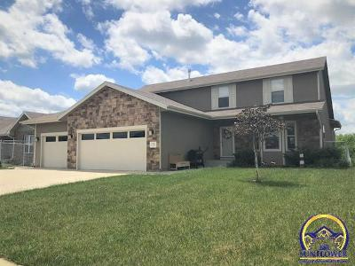 Topeka Single Family Home For Sale: 1705 SW Ancaster Rd