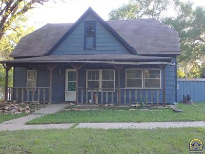 Lyndon Single Family Home For Sale: 904 Washington St