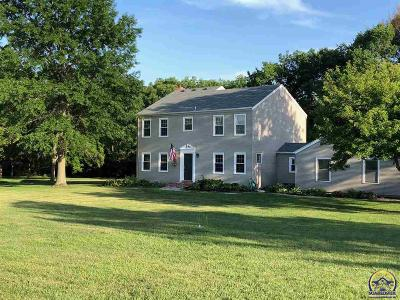 Topeka Single Family Home For Sale: 5650 SW Lincolnshire Cir