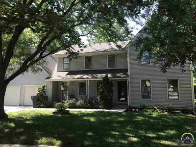 Topeka Single Family Home For Sale: 2413 SW Pepperwood Cir