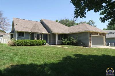 Topeka Single Family Home For Sale: 6636 SW Gisbourne Ct