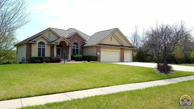 Topeka Single Family Home For Sale: 4700 SW Moundview Dr