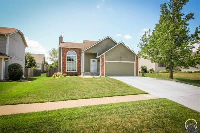 Topeka Single Family Home For Sale: 5617 SW 34th Ter