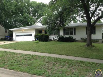 Topeka Single Family Home For Sale: 4714 SW 33rd Ter