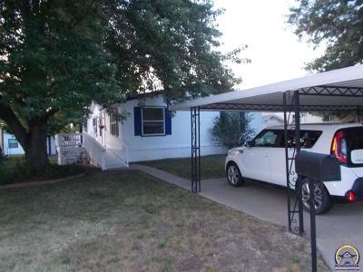 Topeka KS Single Family Home For Sale: $35,000