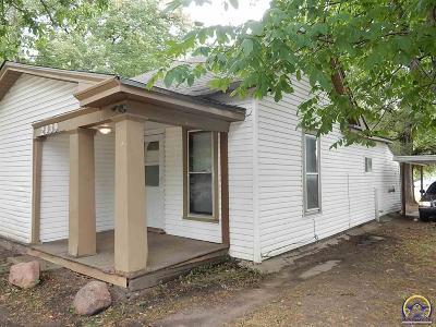 Topeka KS Single Family Home For Sale: $49,500