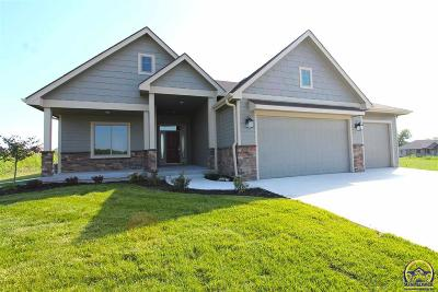 Topeka Single Family Home For Sale: 7627 SW Lowell Ln