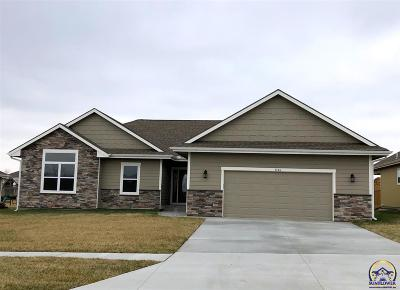 Topeka Single Family Home For Sale: 3346 SW 43rd St