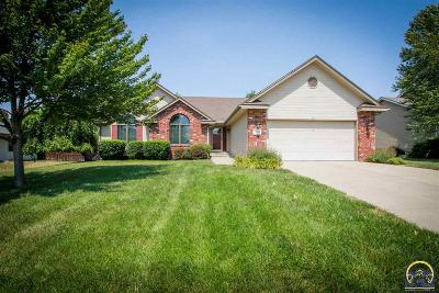 Topeka Single Family Home For Sale: 7802 SW 27th St