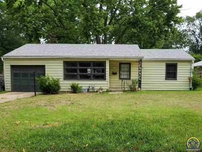 Topeka KS Single Family Home For Sale: $99,900