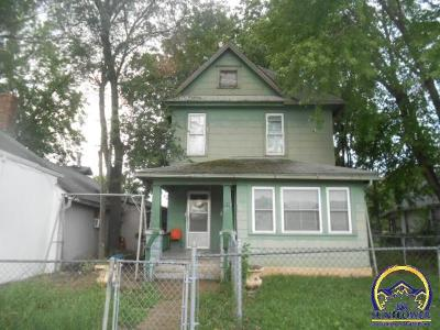 Topeka KS Single Family Home For Sale: $29,900