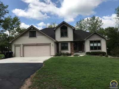Topeka Single Family Home For Sale: 5647 NW Brickyard Rd