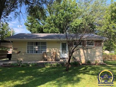 Emporia KS Single Family Home For Sale: $105,900