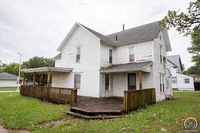Osage City Single Family Home For Sale: 334 Market St