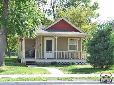 Topeka Single Family Home For Sale: 1513 NE Seward Ave