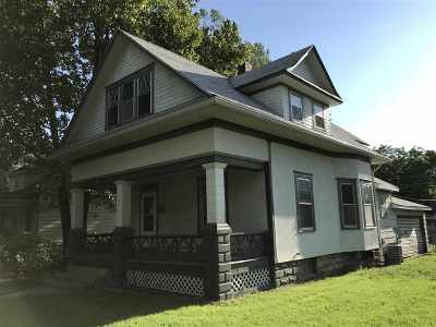 Emporia Single Family Home For Sale: 2 Mechanic St