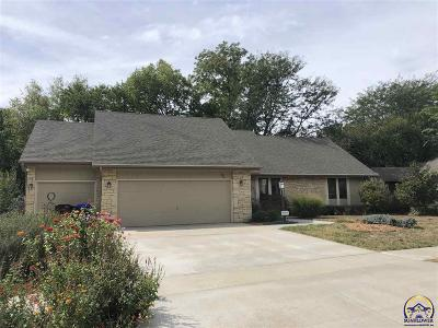 Topeka Single Family Home For Sale: 3531 SW Alameda Dr